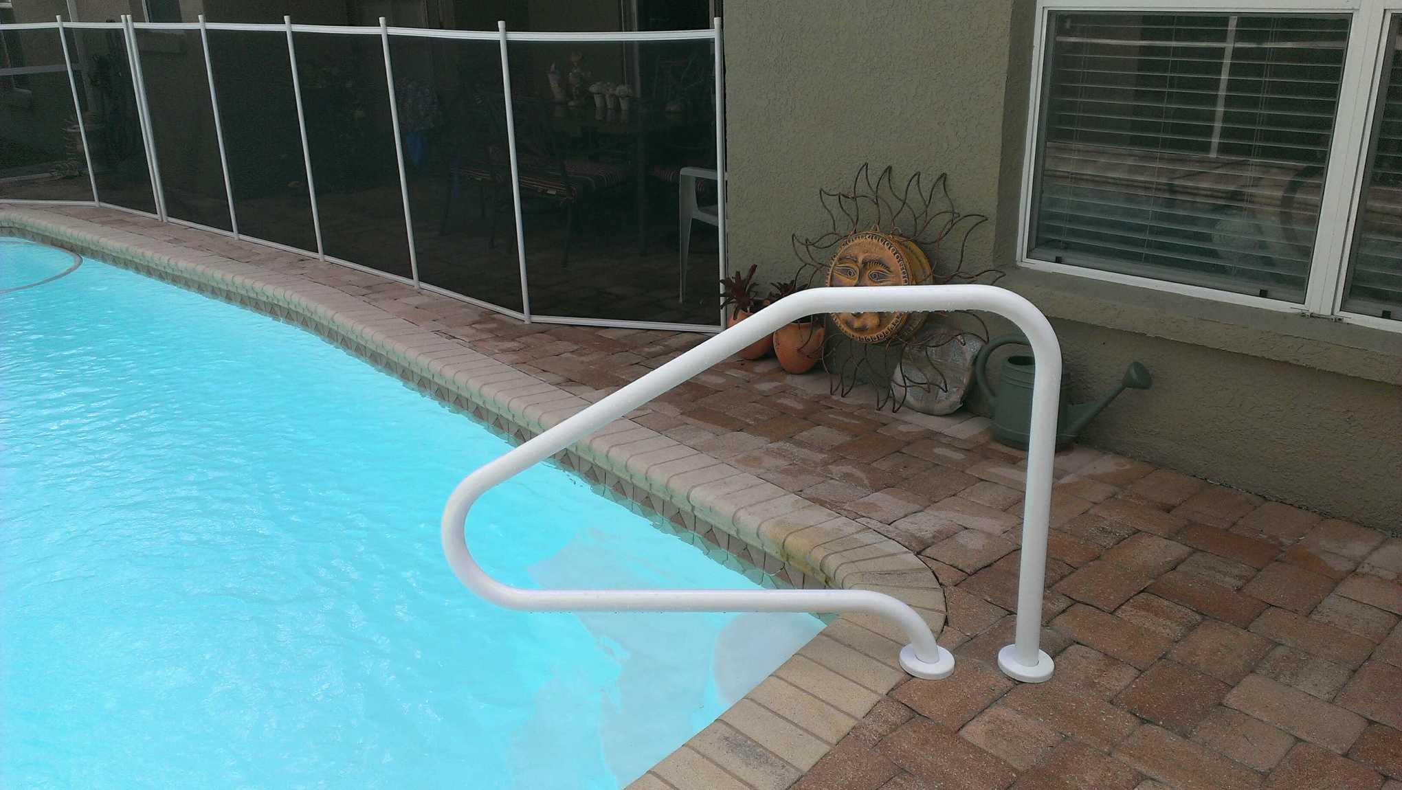 Saftron Pool Handrail white