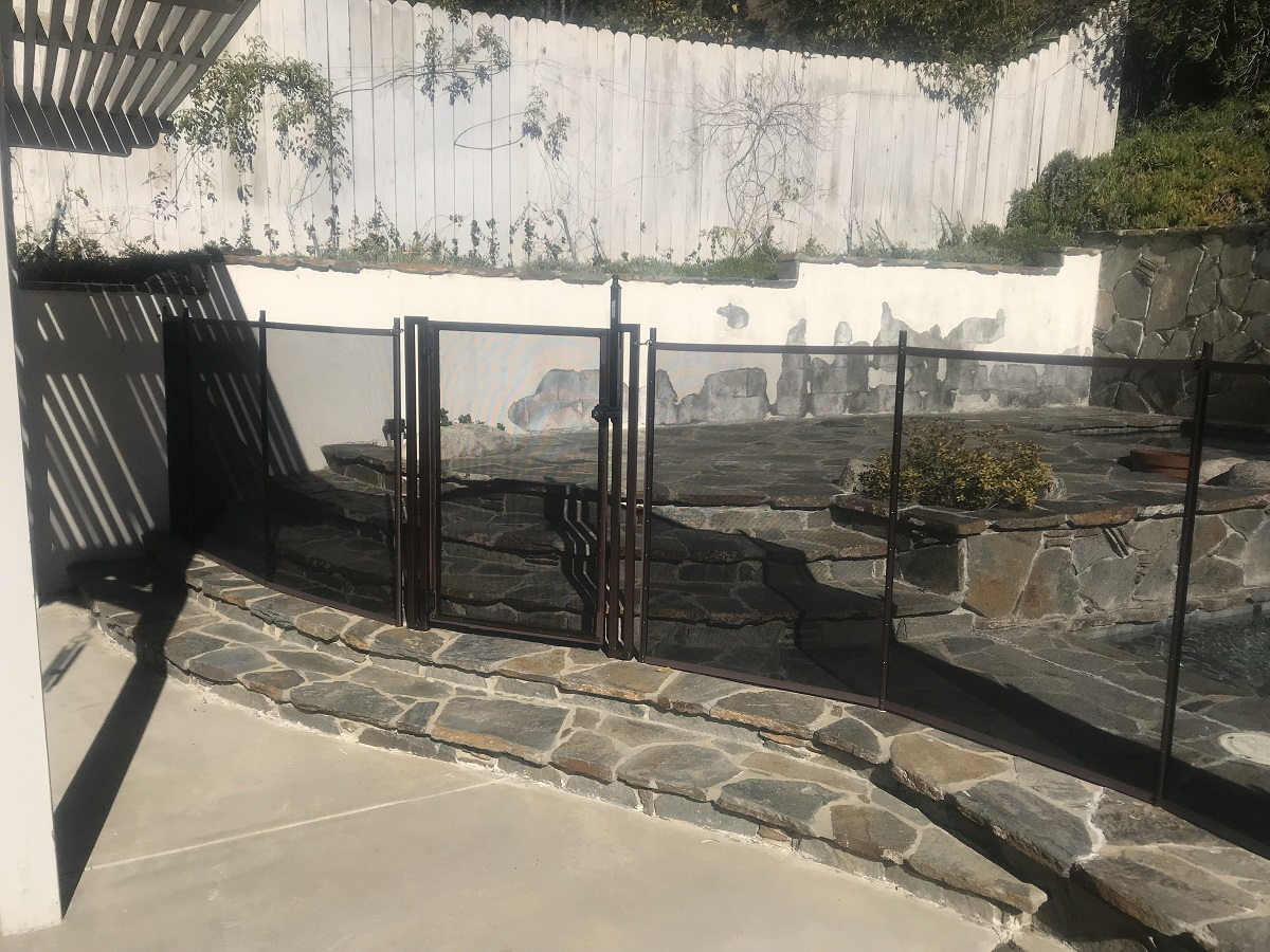 pool fencing installer West Hills, CA