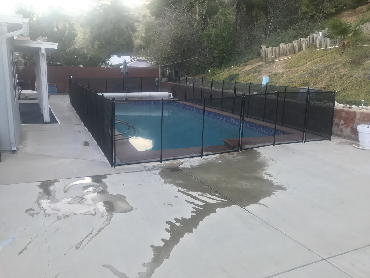 swimming pool safety fence Santa Clarita, CA