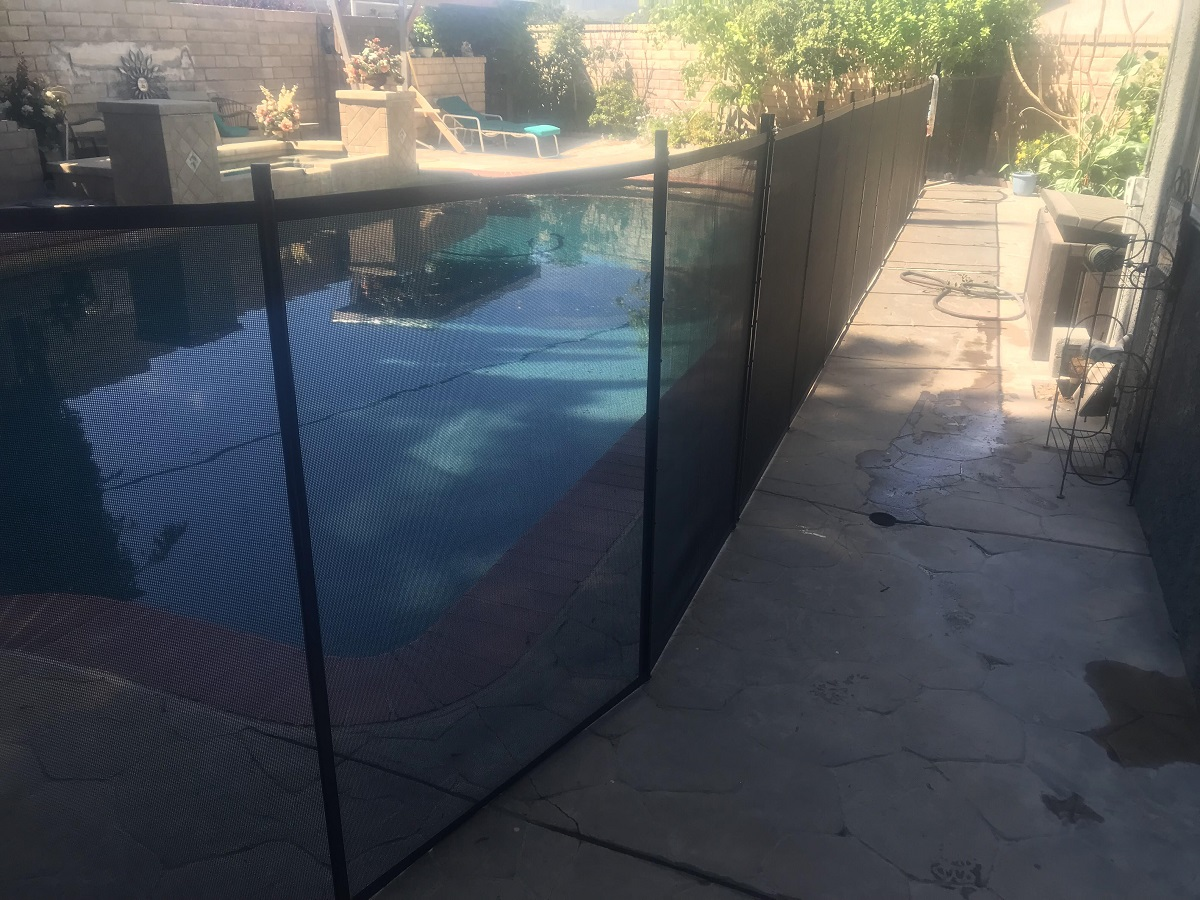 pool fence installation in Santa Clarita, CA