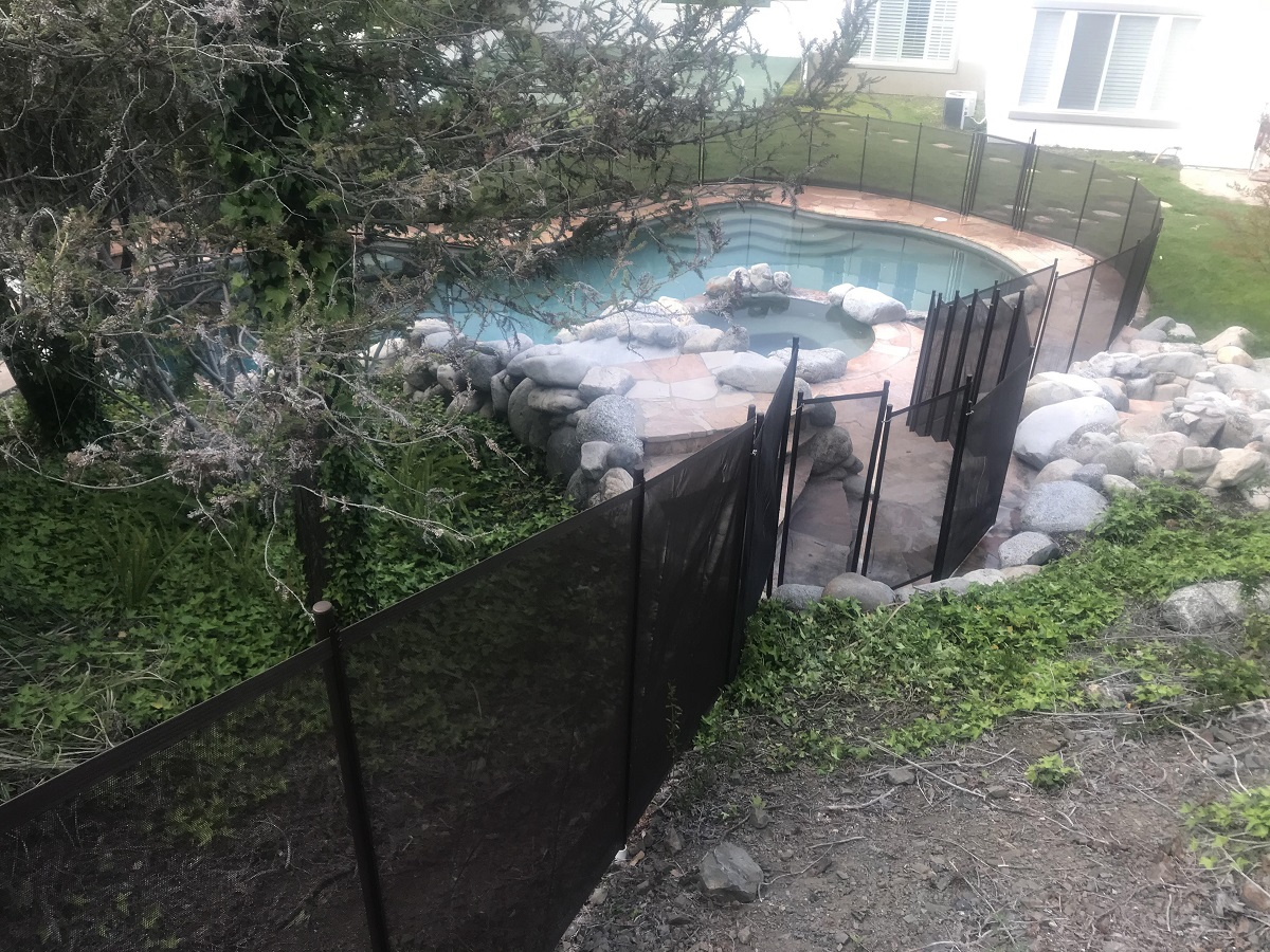 swimming pool fencing installed in Los Angeles, CA